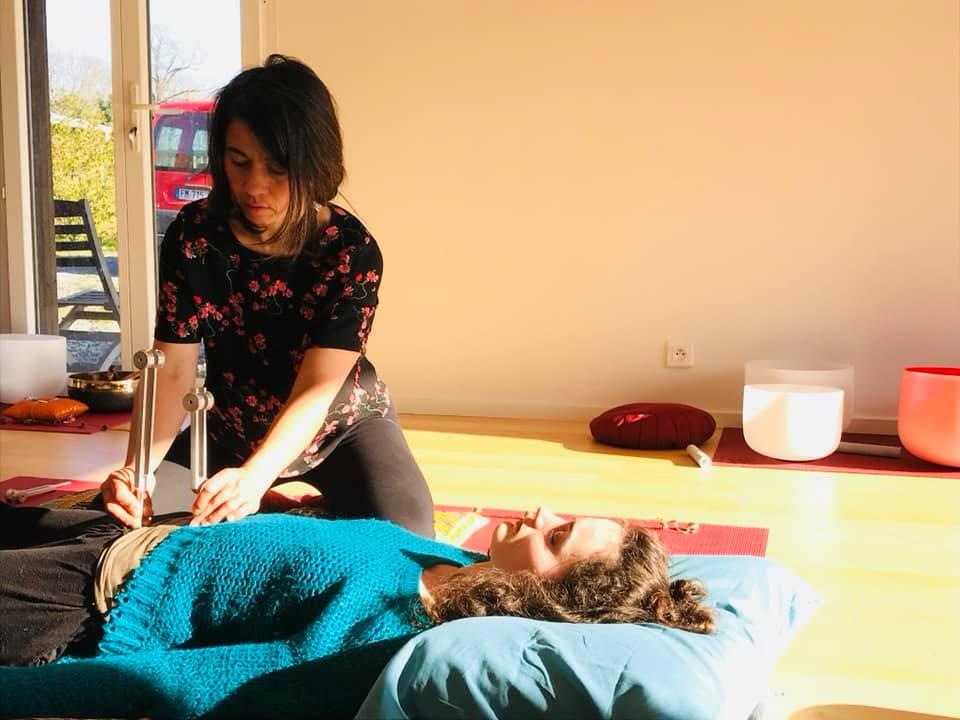Massage sonore avec les diapasons à l'Institut Padma