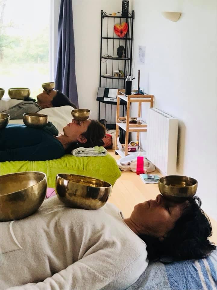 Formation au massage sonore aux bols chantants niveau 1 à l'Institut Padma